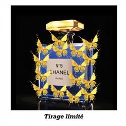 """Parfum doré, Chanel n°5"",..."